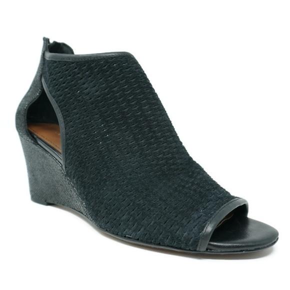 915a60cf2 Donald J. Pliner Shoes | Donald J Pliner Jace Wedges Black Suede ...